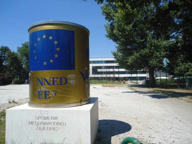 Public Sculpture by  Nebojsa Seric-Shoba    Monument to the International Community (a can of 'beef' with questionable contents)