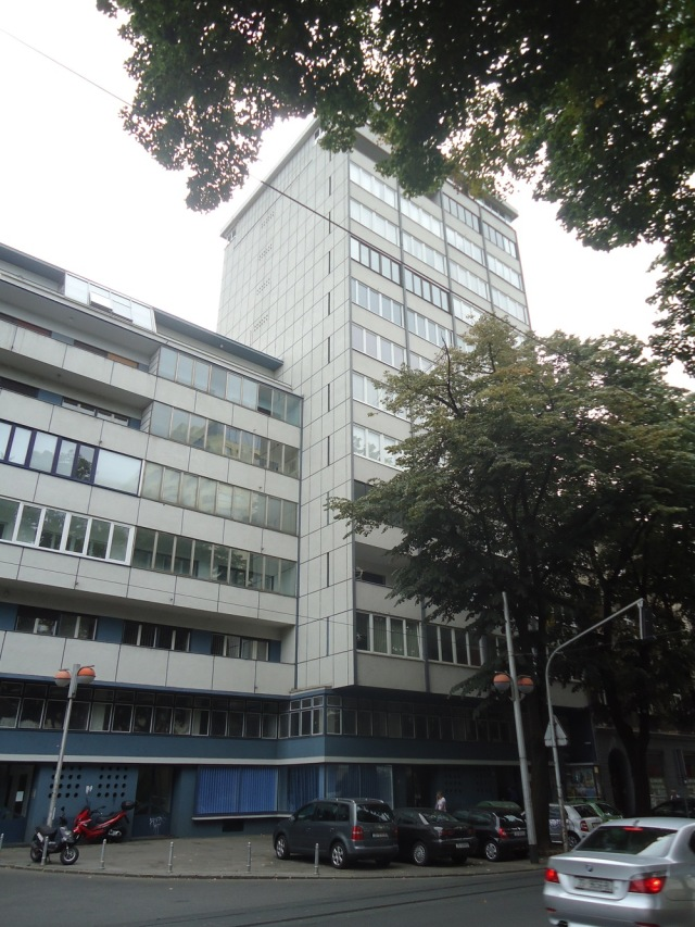 The building where Ivekovic staged  Triangle   in 1979