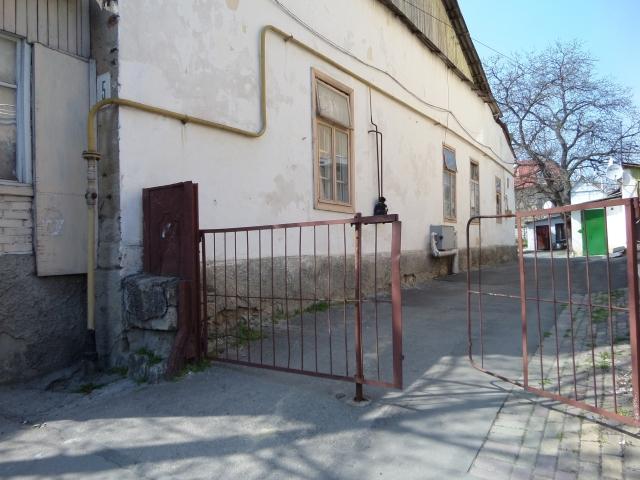 K:SAK invites you in at  Bănulescu-Bodoni 5